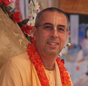 HH Niranjana Swami